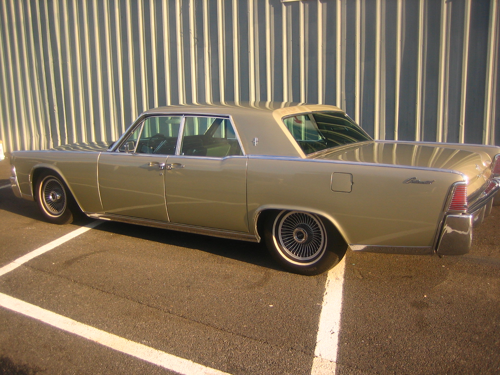 1965 lincoln continental for sale autos for sale. Black Bedroom Furniture Sets. Home Design Ideas